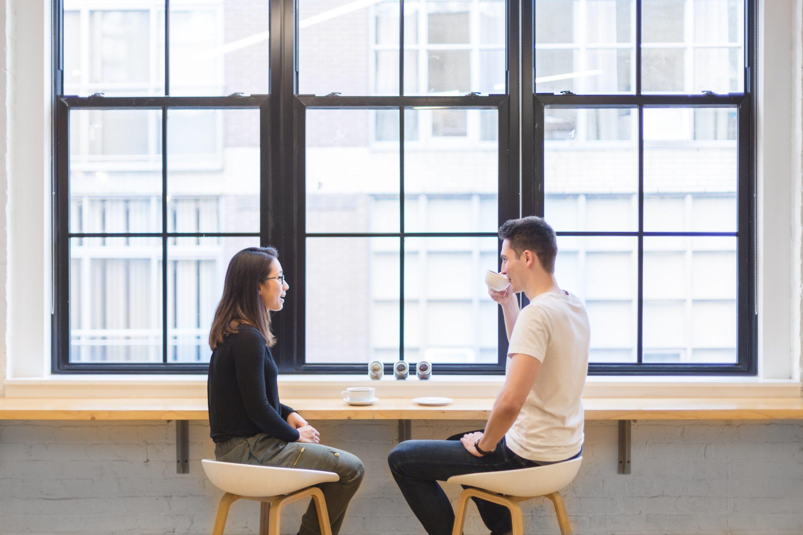 恋愛したい!|会話が苦手な男性が女性に好印象を与えて付き合う方法